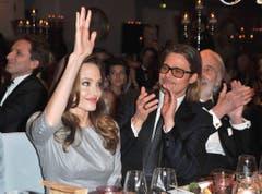 Seit zehn Jahren ein Paar: Angelina Jolie und Brad Pitt. (Bild: Keystone)