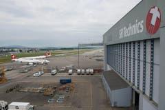 Dies ist der grösste Hangar. Genutzt wird er für Inspektionen, Reparaturen, Umbauten und vieles mehr. (Bild: Ralph Ribi)