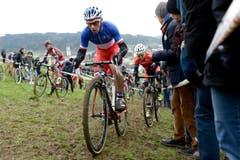 Der spätere Sieger Francis Mourey während des Rennens (Bild: URS FLUEELER)