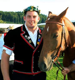 Dritter Platz am Eidgenössischen 2007 in Aaarau, hier mit Pferd Navara. (Bild: Eddy Risch / Keystone)