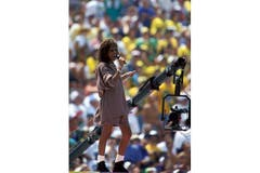 1994 singt Whitney Houston anlässlich der Abschlussfeier der Fussball-WM in Los Angeles. (Bild: Imago)