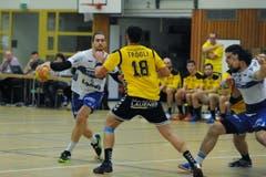 Luca Spengler vom HC Kriens-Luzern findet die Lücke. (Bild: Urs Hanhart / UZ)