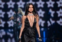 Auch Sängerin Selena Gomez hatte einen Auftritt. (Bild: Keystone)