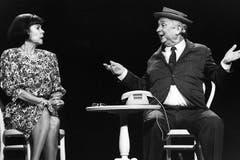 Der Schweizer Schauspieler mit seiner Frau, Ruth Jecklin Roderer, während der 4. Oltener Cabaret-Tage, am 26. Mai 1991. (Bild: Keystone / Str.)