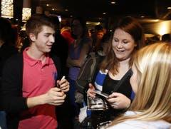 Lino Martschini ist bei den weiblichen Fans beliebt. (Bild: Stefan Kaiser / Neue ZZ)