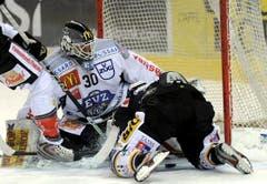 Zugs Goalie Jussi Markanen. (Bild: Keystone/Karl Mathis)