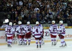 Die New York Rangers verlassen enttäuscht das Stadion. (Bild: Keystone)