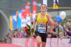Angereist, um zu geewinnen: Christopher Zablocki, Halbmarathon-Sieger uas Essex/USA. (Bild: Dominik Wunderli/LZ)