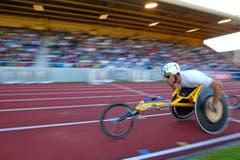 Marcel Hug gewinnt den 1500m Rollstuhlrennen der Männer. (Bild: Philipp Schmidli/Neue LZ)