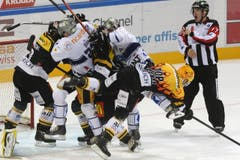 EISHOCKEY, NATIONAL LEAGUE A, NATIONALLIGA A, NLA, LNA, SAISON 2014/15, MEISTERSCHAFT, QUALIFIKATION, HOCKEY SUR GLACE, HC LUGANO, HCL, EV ZUG, EVZ (Bild: CARLO REGUZZI)