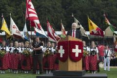 Schwingerobmann Mario John während seiner Rede. (Bild: Keystone)
