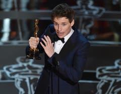 Eddie Redmayne gewinnt den Oscar in der Kategorie bester Hauptdarsteller («Die Entdeckung der Unendlichkeit»). (Bild: Keystone / John Shearer)