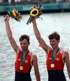 Michael (links) und Markus Gier, Gold im Leichtgewichts-Doppelzweier, 1996 in Atlanta. (Bild: AP / David J. Philip)
