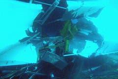 Unterwasserbilder zeigen die Grösse der Schäden. (Bild: Keystone / EPA)
