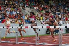 Brianna Rollins gewinnt das 100m Hürdenrennen der Frauen. (Bild: Philipp Schmidli / Neue LZ)