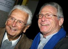 Walter Roderer und Jürg Randegger an der Premiere der Kleinen Niederdorfoper im Zürcher Bernhard-Theater 2009. (Bild: Archiv Neue LZ)