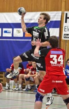 Thomas Hostetter steigt höher als der Berner. (Bild: Remo Nägeli/Neue LZ)