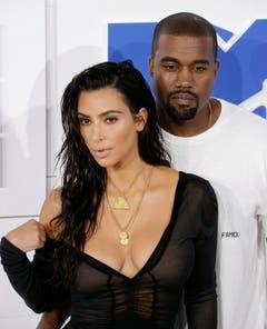 An den MTV Video Music Awards in New York präsentierte sich Kim Kardashian im besonders gewagten Look. (Bild: Keystone)