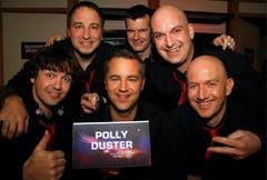 Vetraten die Innerschweiz: Die Schwyzer Gruppe 'Polly Duster' mit Beat Schibli, Roman Berri, Mike Heusser (unten von links) sowie Thomas Kälin, Richard Betschart, Roger Schönenberger (oben von links). (Bild: André Häfliger)