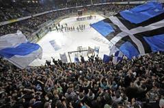 6650 Zuschauer verfolgen die Partie. (Bild: Pius Amrein / Neue LZ)