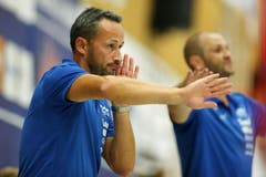 Kriens-Trainer Heiko Grimm gibt Anweisungen. (Bild: Philipp Schmidli)