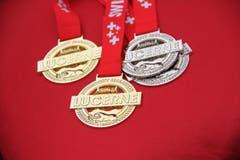 Die Medaillen liegen bereit. (Bild: Ramona Geiger/ Claude Hagen/LZ)