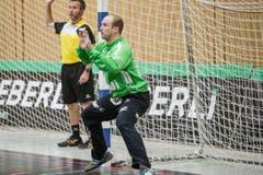 Goalie Paul Bar (Nr. 12) (Bild: Manuela Jans- Koch (Neue LZ))
