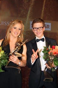 Ariella Kaeslin und Simon Ammann strahlen als Schweizer Sportlerin und Sportler des Jahers. (Bild: André Häfliger/Neue LZ)