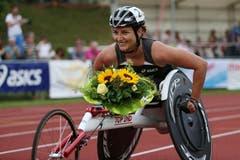 Manuela Schär gewinnt das Rollstuhlrennen der Frauen. (Bild: Philipp Schmidli / Neue LZ)