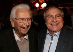Walter Roderer und Jörg Schneider an der Premiere des Weihnachtszirkus Conelli in Zürich 2008. (Bild: Archiv Neue LZ)