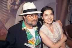 24. Januar 2010: Mit Schauspielerin und Ingrid-Bergman-Tochter Isabella Rossellini . . . (Bild: Imago)