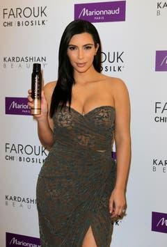 Auch Haarprodukte tragen Kim Kardashians Namen. (Bild: Keystone)