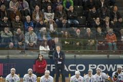 Biels Trainer Kevin Schläpfer war mit der Leistung seiner Mannschaft nicht zufrieden. (Bild: Keystone)