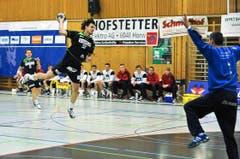 David Nyffenegger beim Abschluss. (Bild: Remo Nägeli / Neue LZ)