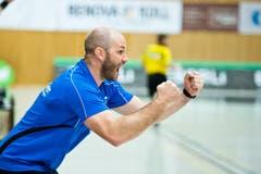 Trainer Heiko Grimm ist in seinem Element. (Bild: Dominik Wunderli (Neue LZ))