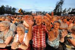 Stimmung am 12. Volksschlager auf dem Heitere. (Bild: Eveline Beerkicher/Neue LZ)