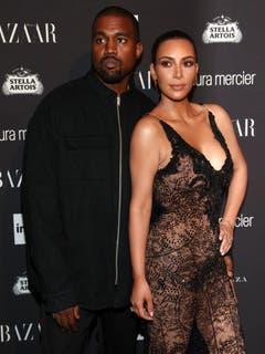 Kanye West mit seiner Frau bei einer Modeshow in New York. (Bild: Keystone)