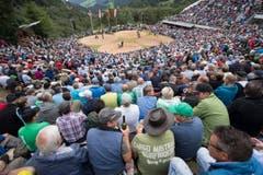 Die Schwingerarena beim traditionellen Brünig Schwinget vom Sonntag 31. Juli 2016 auf dem Brünig Pass. (Bild: KEYSTONE/Urs Flueeler)