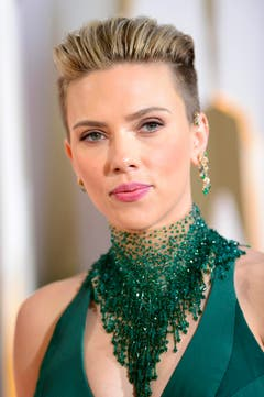 Das frischgebackene Mammi Scarlett Johansson mit neuer Frisur. (Bild: Keystone / Paul Buck)