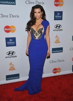 Ganz in Blau zeigte sich Kim Kardashian 2012 in Beverly Hills. (Bild: Keystone)