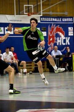 Trifft einmal: HCK-Spieler Nicolas Raemy. (Bild: Manuela Jans / Neue LZ)