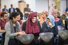 Muslime im Alltag - Rundgang durch die Moschee in Oberuzwil mit RR Fässler (Bild: Michel Canonica)