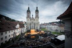 Festspiele 2015 auf dem Klosterplatz (Bild: Peer Füglistaller)