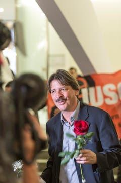 Wiederwahl: Paul Rechsteiner setzt sich im zweiten Wahlgang gegen Thomas Müller (SVP) klar durch. (Bild: Keystone)