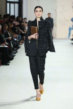 Die Herbst- und Winterkollektion 2018 von Akris, präsentiert an der Pariser Fashion Week. (Bild: Akris)