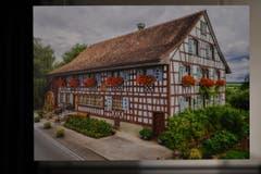 Juli: Karl Svec fotografierte den Hubhof der Familie Sutter, eines der schönsten Häuser der Stadt. (Bild: manuel nagel)