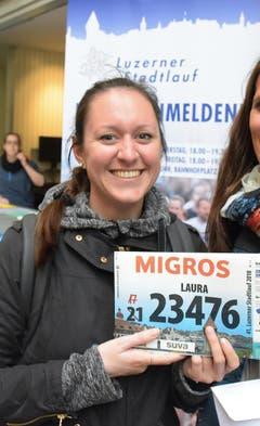 Laura Condrau, Stadt Luzern, Startnummer 23 476, zum 41. Stadtlauf: «Meine Schülerinnen und Schüler starten immer am Stadtlauf. Jetzt will ich diesen Lauf auch selber aktiv erleben. Ich freue mich auf den Start mit einem Lehrerteam.» (Bild: LZ)