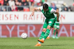 Danijel Aleksic gelciht für die espen zum 1:1 aus. (Bild: Keystone)