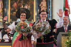 Die Ehrung der Festsieger Alice Stadler und Erwin Emmenegger. (Bild: Dominik Wunderli)