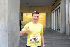 Daniel Bucher, Kriens, Startnummer 14 041, zum 41. Stadtlauf: «Meine Motivation, am Stadtlauf teilzunehmen, ist mein Göttibub. Ich bin aber auch sonst ein leidenschaftlicher Laufsportler.» (Bild: LZ)